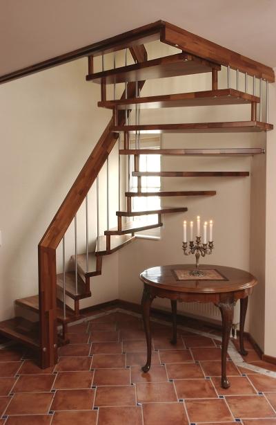 arcus treppen freitragende treppen mit moderem design. Black Bedroom Furniture Sets. Home Design Ideas