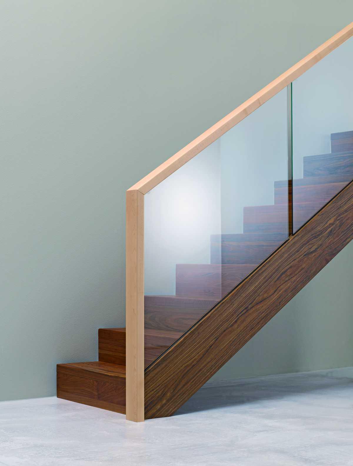 Geschlossene Treppen geschlossene treppe haus design ideen