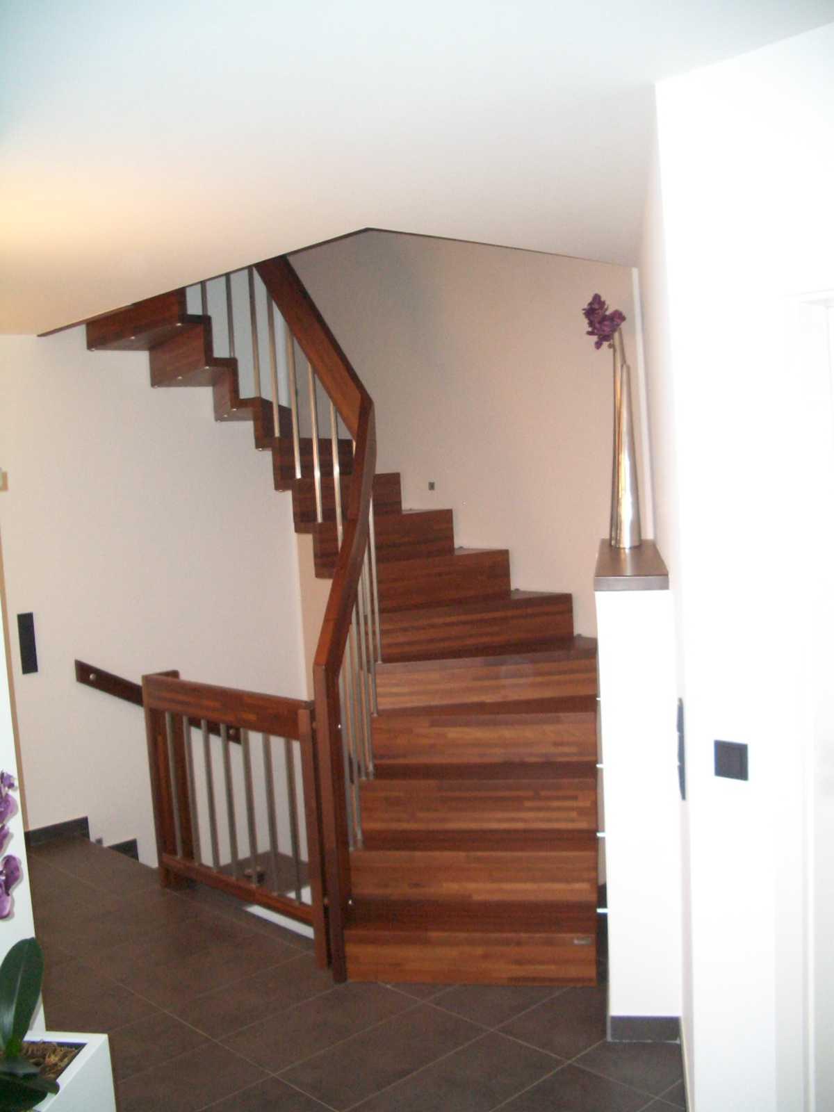 Geschlossene Treppen arcus treppen bildergalerie