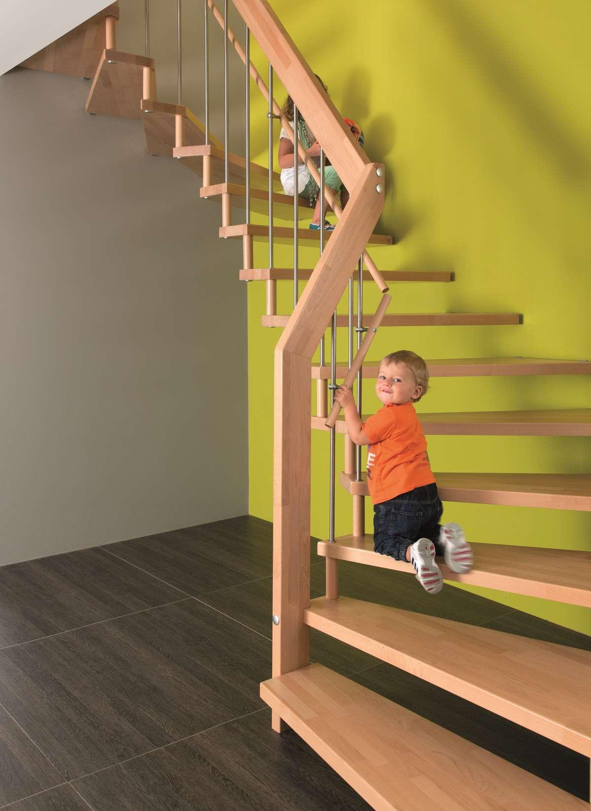 arcus treppen kindersichere treppen direkt beim hausbau planen. Black Bedroom Furniture Sets. Home Design Ideas