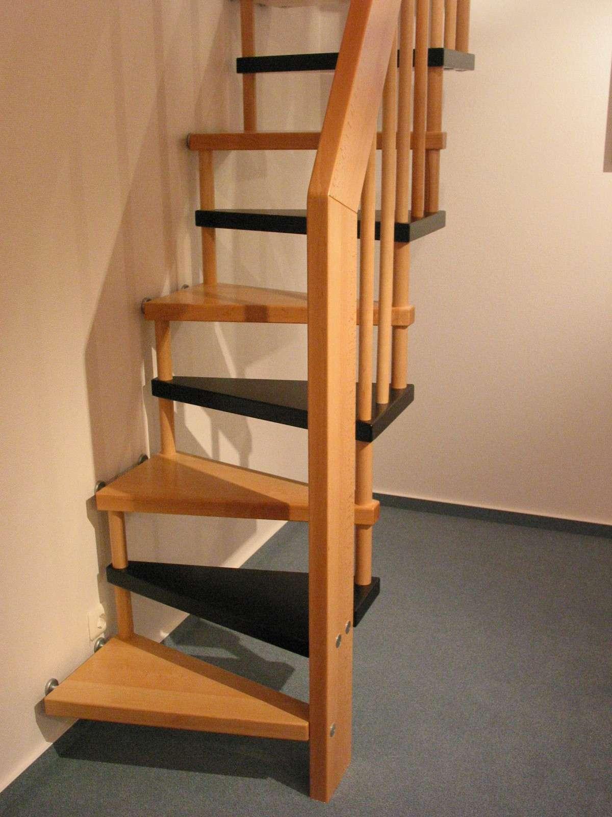 Arcus Treppen Raumspartreppen Die Platzsparenden Treppen
