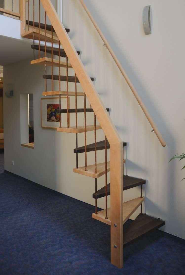 treppe f r dachboden dachboden treppen dachausbau innenausbau bauen renovieren die besten 25. Black Bedroom Furniture Sets. Home Design Ideas