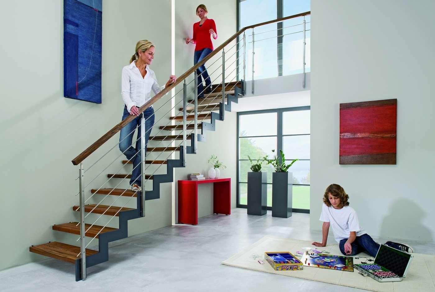 arcus treppen stahltreppen treppen aus holz und stahl. Black Bedroom Furniture Sets. Home Design Ideas